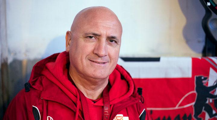 Schluckauf '82-trainer en oprichter Frank Völker
